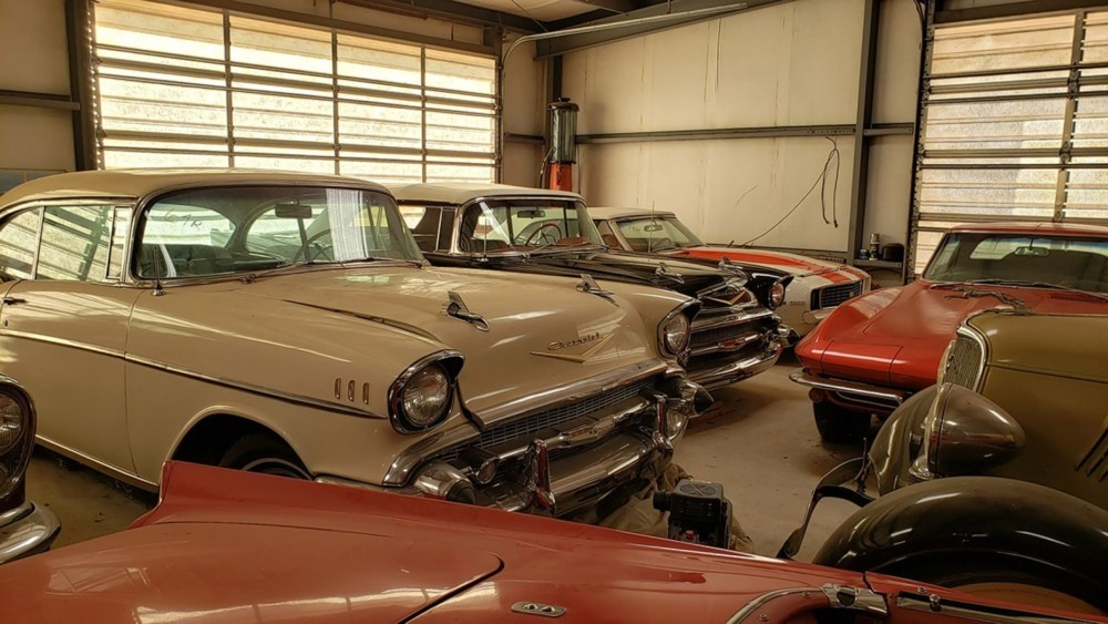Bob Regehr massive secret car collection up for auction