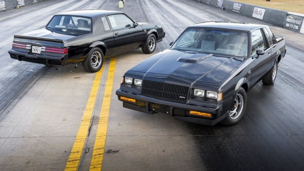 Twin 1987 Buick Grand Nationals Sell As A Pair For Over $200K