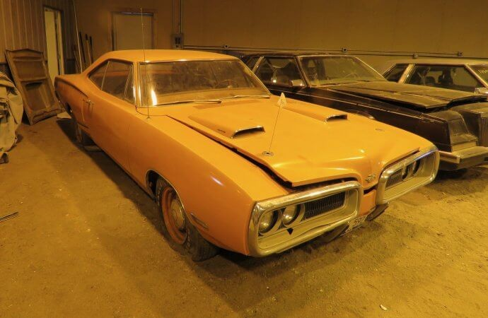 VanDerBrink Offers Field Of Dreams Of Barnfinds At Their Upcoming Auction
