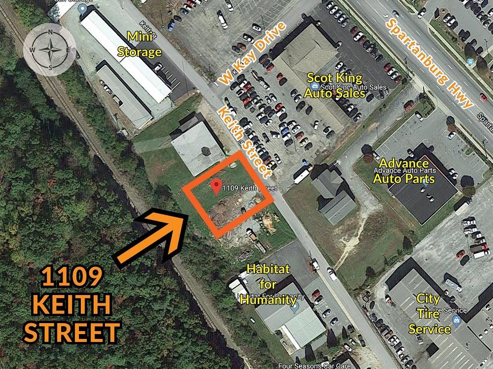 1109 Keith Street Hendersonville, NC 28792