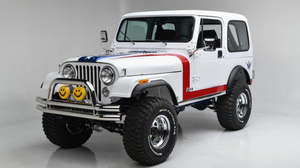 Gary Sinise Raises $1.3M For Veterans On The Sale Of A 1981 Jeep CJ7
