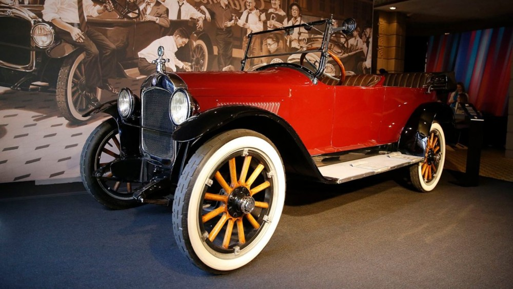 A 1920 Hupmobile Helped Create The NFL