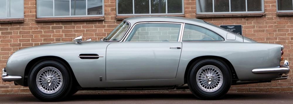 James Bond 007 Aston Martin DB5 Is Going To Auction