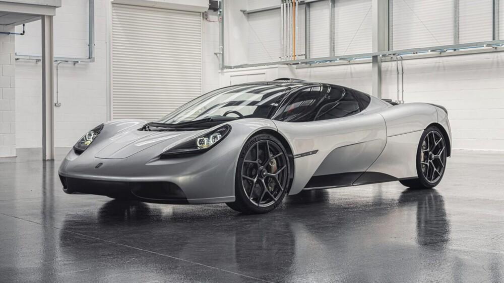 Gordon Murray reveals 3-seat multimillion T.50 supercar