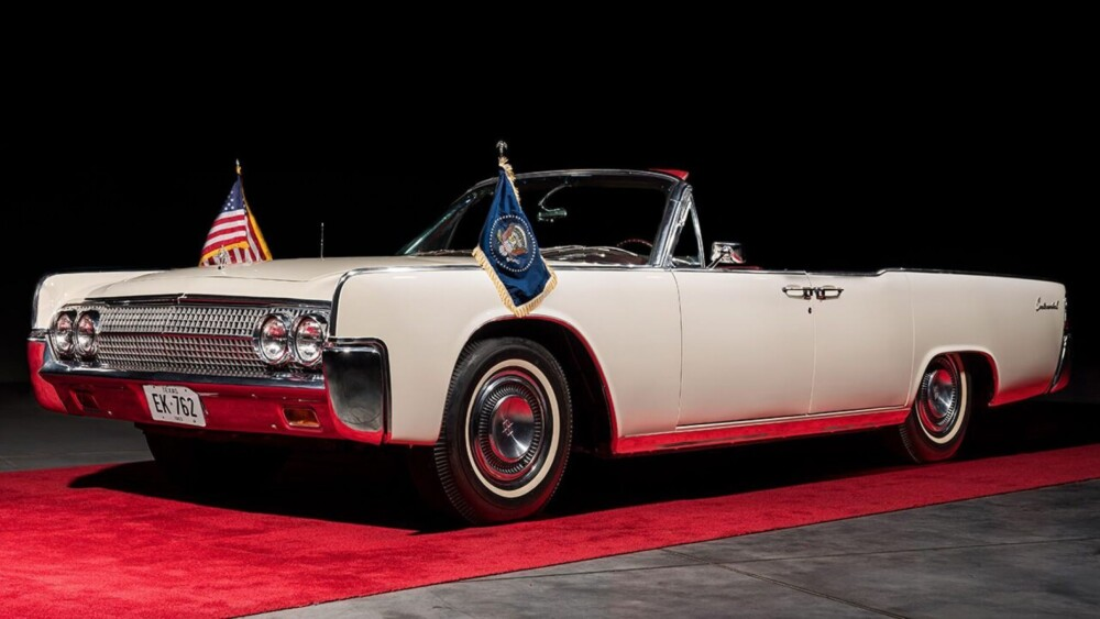 1963 Lincoln Continental JFK rode in the day of assassination up for auction